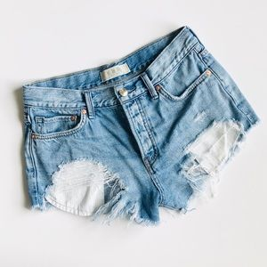 We The Free high rise distressed denim shorts 25